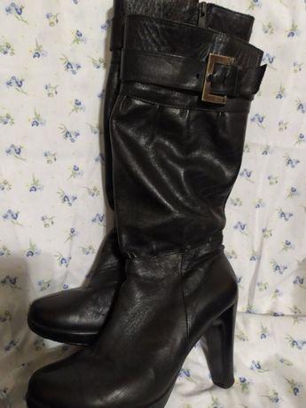 Ботинки. Сапоги женские зимние, кожаные. 38 и 39 размер.