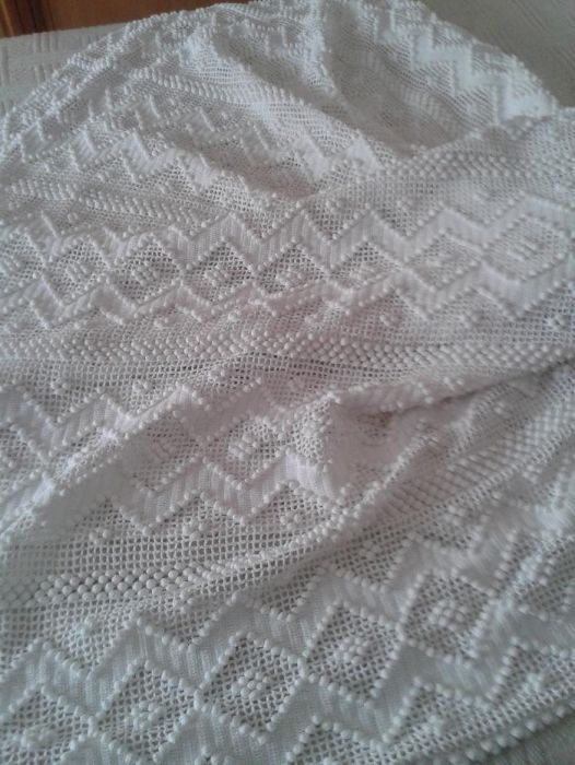 colcha antiga de renda de algodão