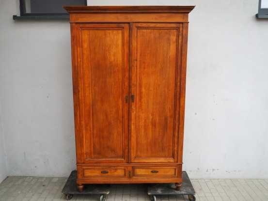 Antyczna 2-drzwiowa szafa secesyjna 142 cm 597