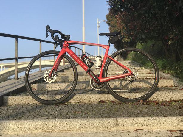Bicicleta BMC Roadmachine T51 2019