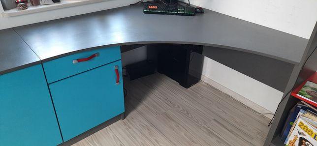 Zestaw mebli do pokoju dziecięcego biurko szafki regał półki skrzynia