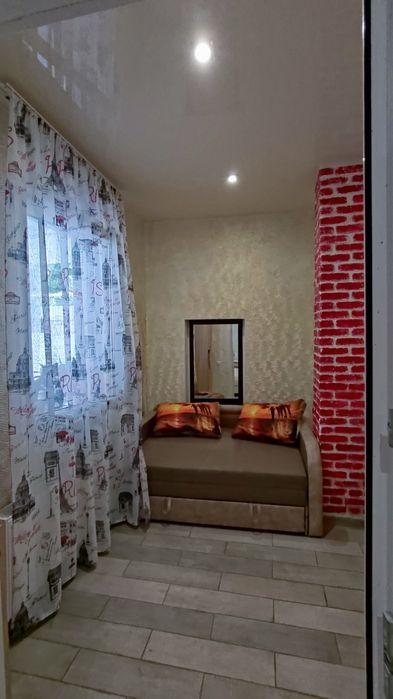 от хозяина дом посуточно /часть дома,  номер/комната 1-я линия от моря-1
