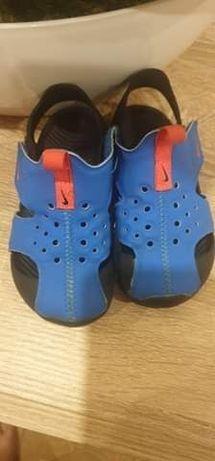 Sandały chłopięce Nike Sunray roz 23,5