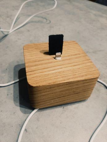 Zestaw etui na Iphone X/11 oraz stacja  ładująca/ ładowarka Iphone