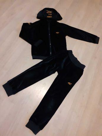 4F welurkowy dres 116