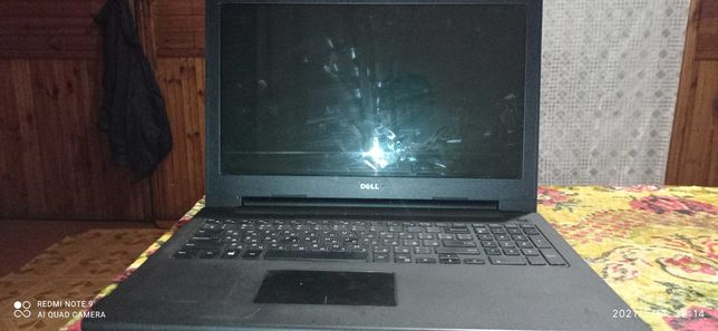 Продам срочно ноутбук Dell inspiron 15 33308 sdppi 2014