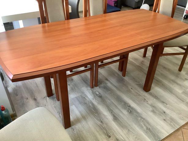 Stół rozkładany plus 4 krzesła firmy Bodzio