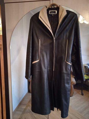 Кожаное пальто плащ куртка отличное состояние размер 46 Демисезон