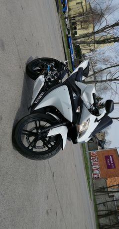 Sprzedam! Yamaha YZF125-R stan BDB! Zadbana!