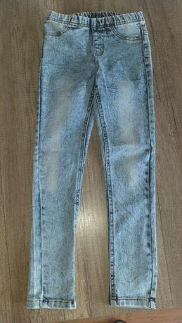 Spodnie jeans 134