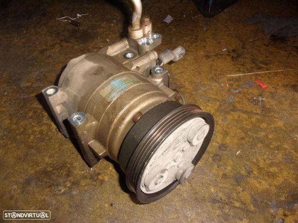 Hyundai Accent 1999 1.3i- Compressor ar condicionado