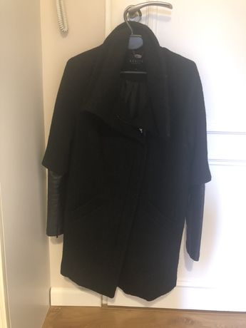 Mohito Czarny płaszcz skórzane rękawy 34 brokat