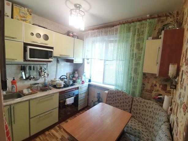 Продам 2 комнатную квартиру по ул. Зелинского