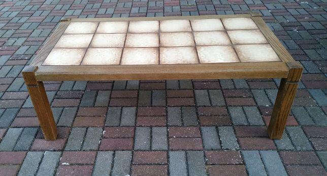 Stół solidny z kafelkami