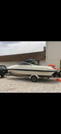 Barco Bayliner 4.3 Capri, troco por embarcaçao maior, dou diferença.