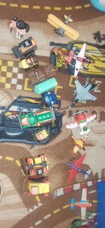 Zestaw samochodów i samolotow