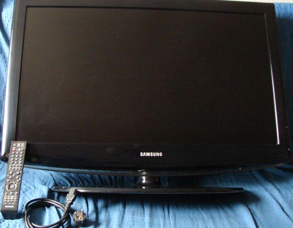 TV LCD 37 cali HD Ready Samsung LE37R81 z pilotem