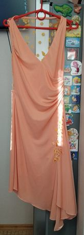 Нарядное красивое платье INVITO