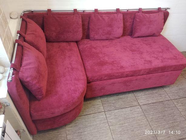 Перетяжка мягкой мебели диванов кресел
