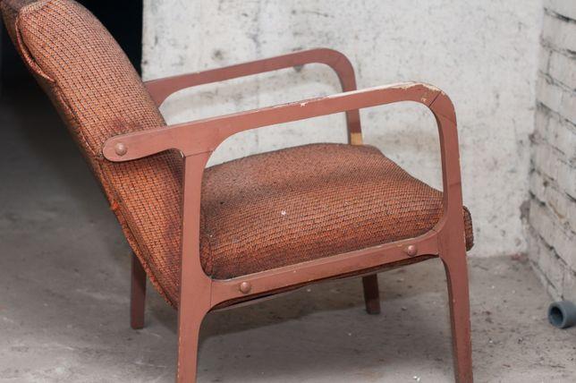 Fotel PRL model 04-B z Bydgoskiej Fabryki Mebli lata 60/70