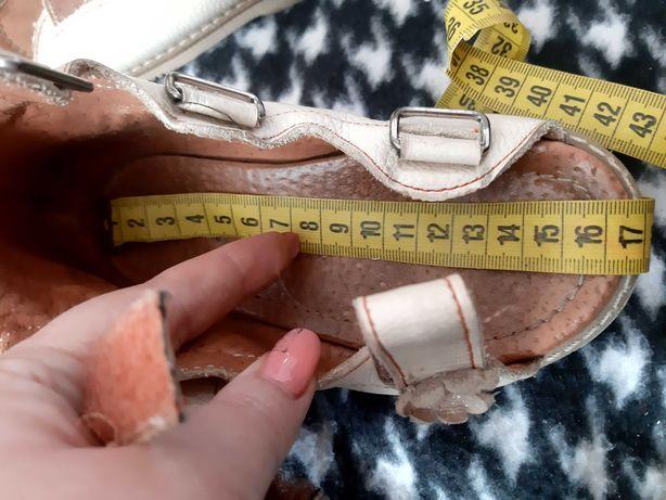 Ортопедические сандали для девочки