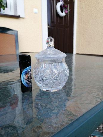 Cukiernica kryształowa kryształ