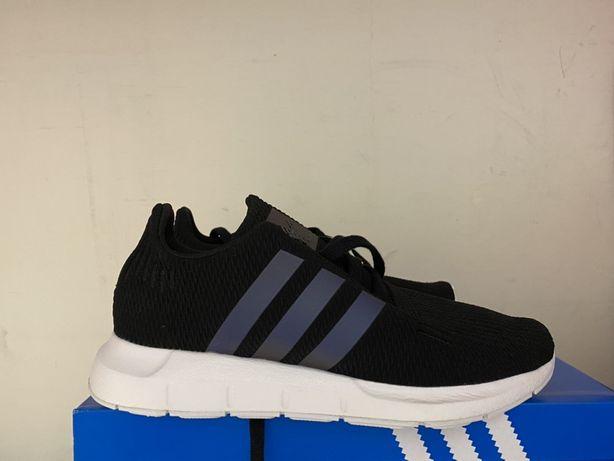 Adidas Swift Run lewy 36 2/3 prawy 36.     Nowe !!!