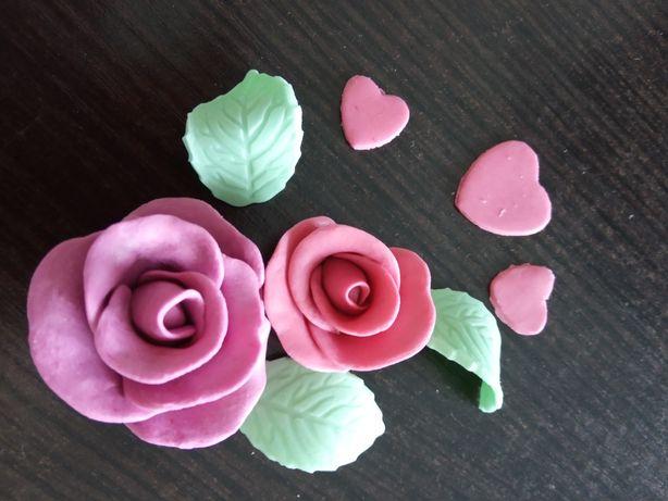Dekoracje na tort różyczki