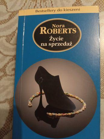 Nora Roberts-Życie na sprzedaż