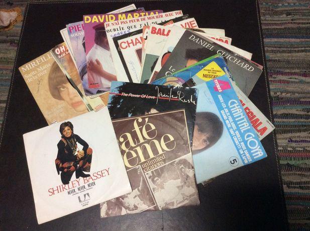 Vários discos em vinil