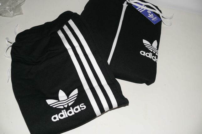 Fato treino Adidas - Tamanho S - Novo