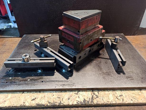Wykrojnik do naroży zestaw 100 x 130 wybijak stempel safan weber gema