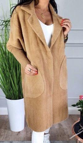 Nowy płaszcz z alpaki alpaka one size camel karmelowy beżowy pluszowy