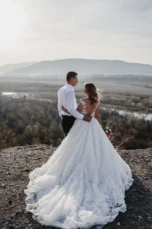 Продам весільну сукню Margaret з салону Milla Nova.