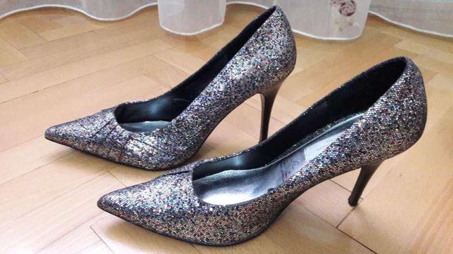 Нарядные туфли на каблуке нарядні туфлі Special edition 39 38 р