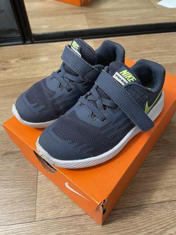 Кроссовки Nike runner