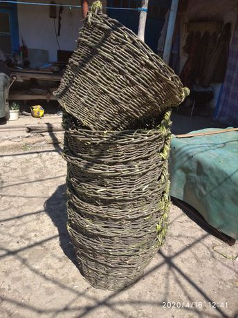 Корзина плетёная с лозы