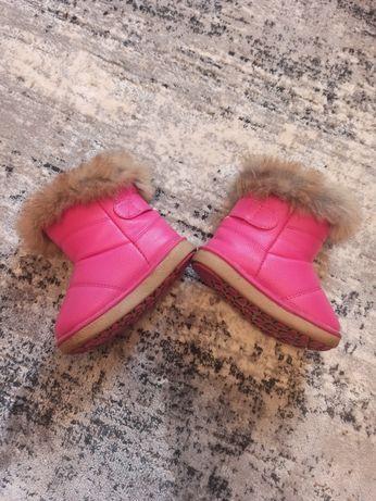 Зимние ботинки девочка