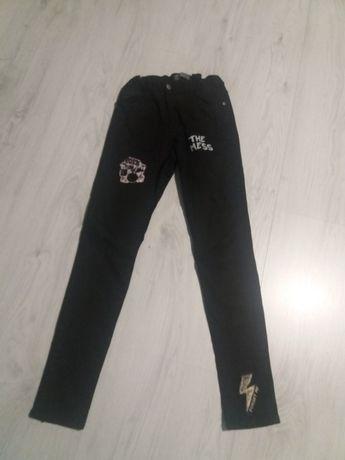 Jeans zara 164 czarne naszywki dziury