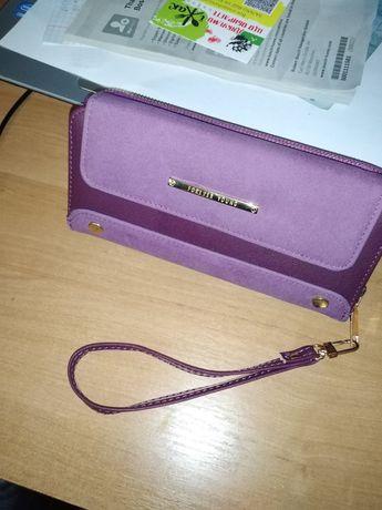 Продаю женский фиолетовый кошелёк