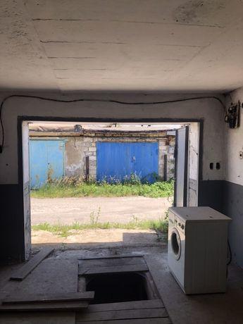 Продам гараж .2 уровня Калининский рн пр Мира. Автомагазин