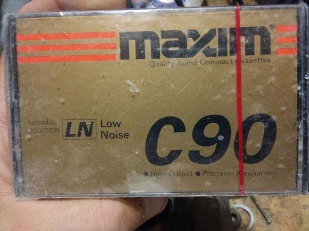 Продам аудиокасеты maxim c90
