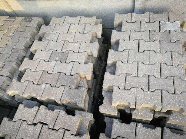 Kostka brukowa pozbruk polbruk płytki betonowe behaton tetka bruk kość