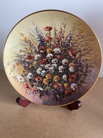 Вінтаж: колекція настінних тарілок порцелянових.