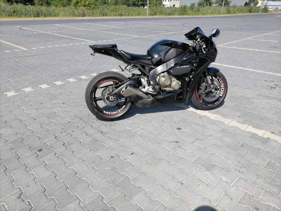 Honda CBR 1000 RR sc 59 okazja!!! Lipno - image 1