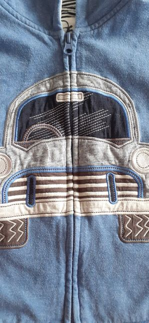 Bluza z kapturem  4-5lat