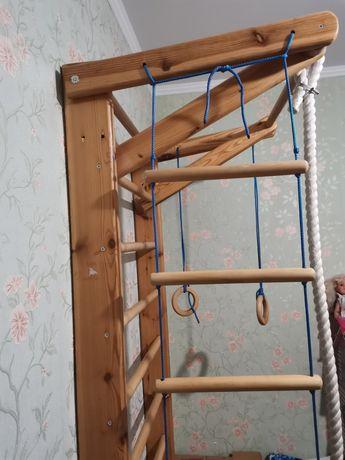 Шведская стенка лестница уголок