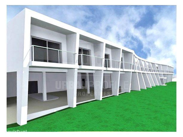 Terreno com projeto aprovado para lar de idosos com 42 ut...