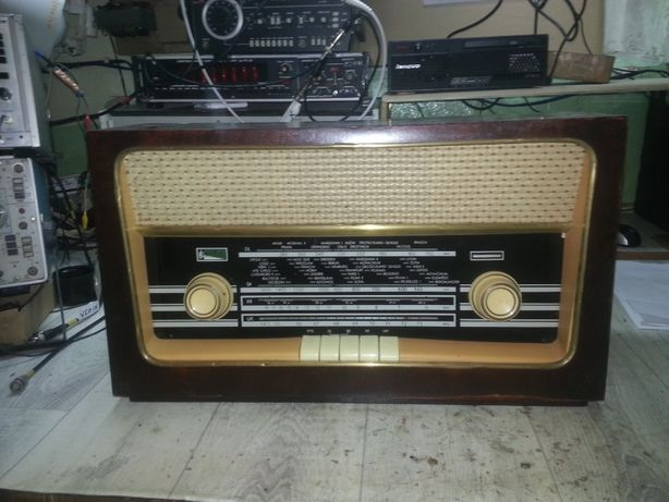 Odrestaurowane zabytkowe radio RUMBA 62131