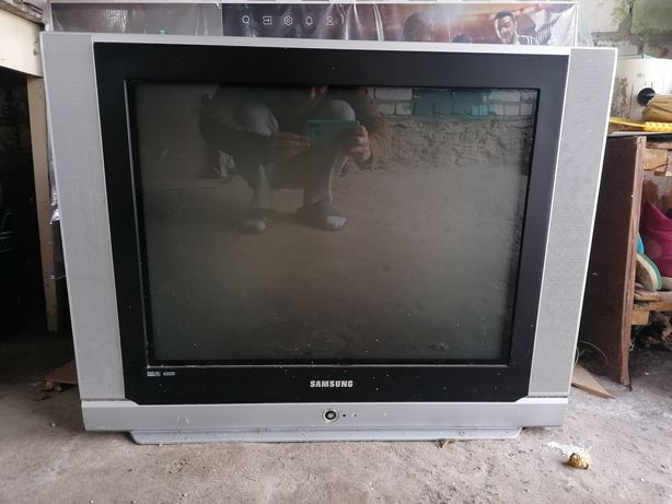 Продаю телевизор samsung cs-29l30ssq